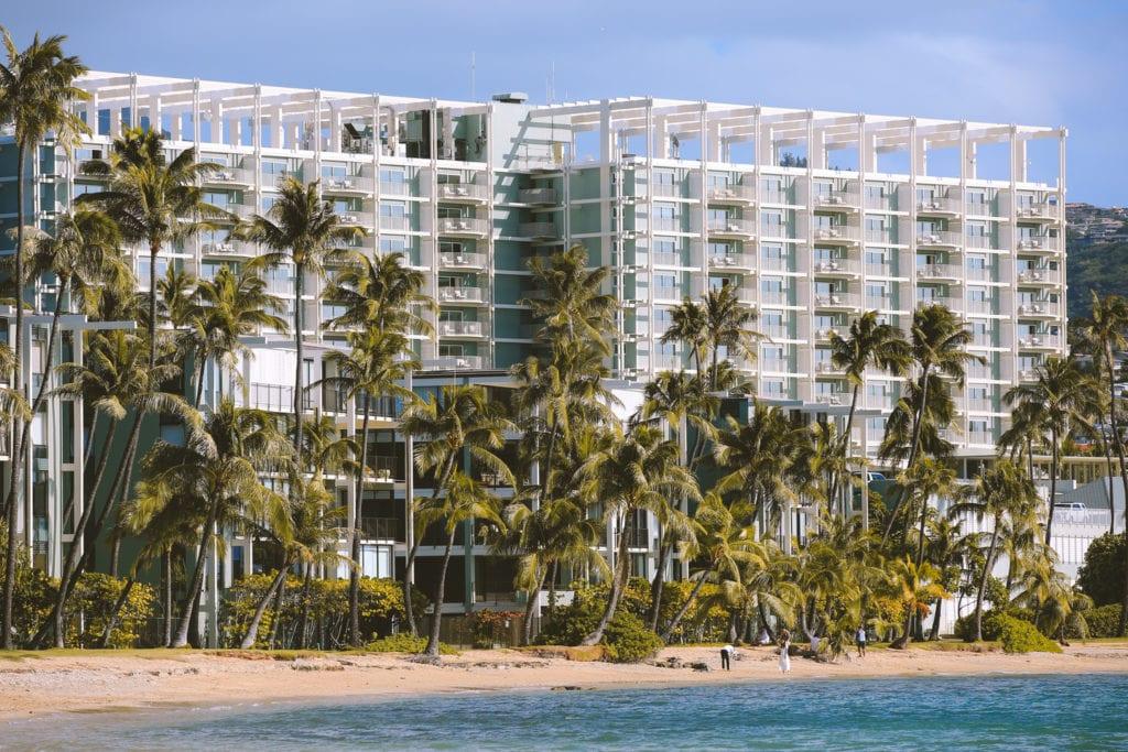 Honolulu Airport To Kahala Hotel